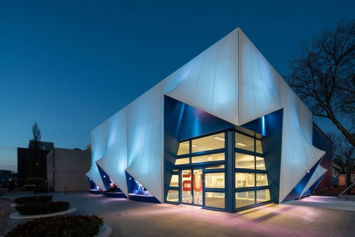 temporary EU Building by DUS Architects (1)