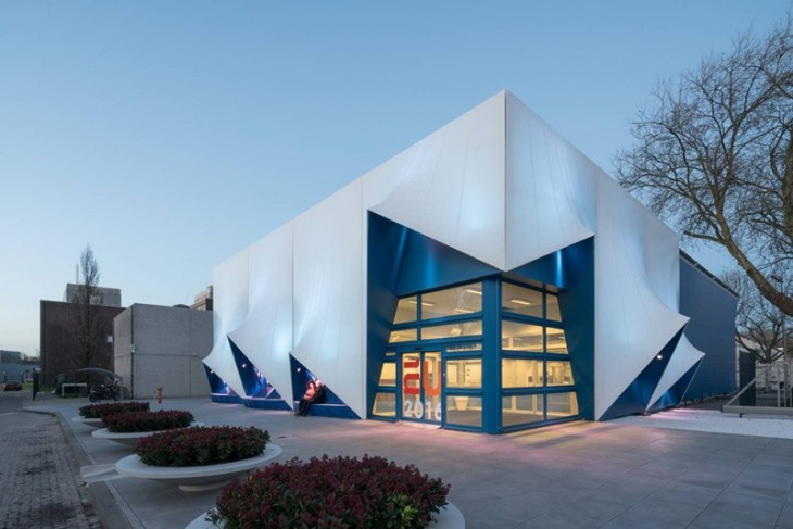 temporary EU Building by DUS Architects (2)