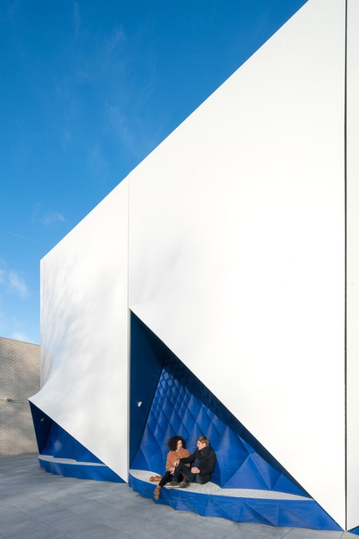 temporary EU Building by DUS Architects (5)
