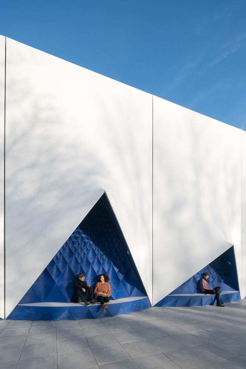 3d Printed Facade For Temporary Eu Building By Dus