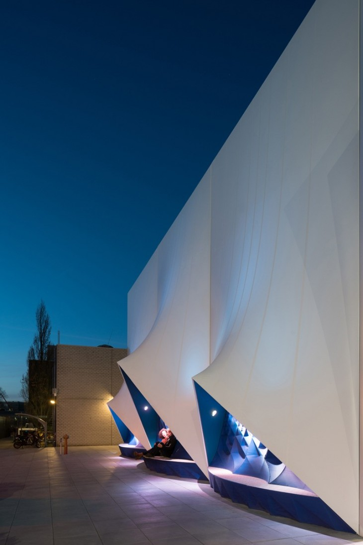 temporary EU Building by DUS Architects (9)