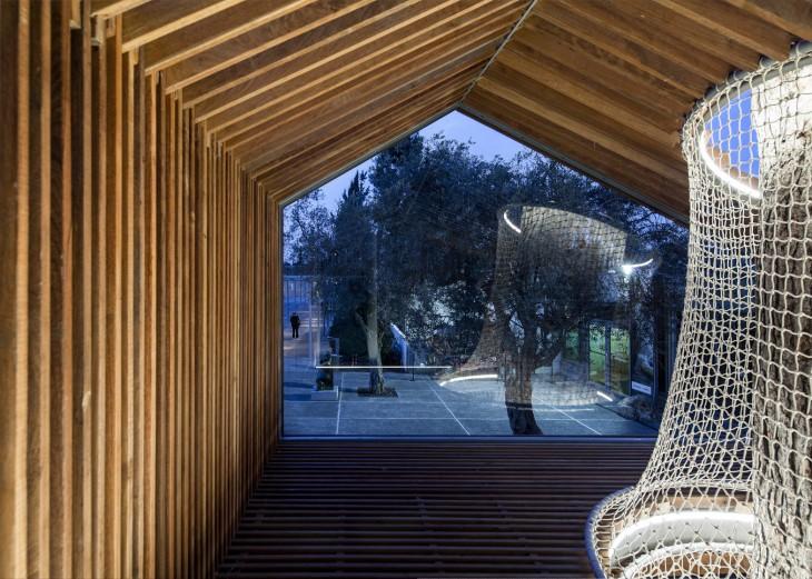 tree house by Ifat Finkelman and Deborah Warschawski (16)