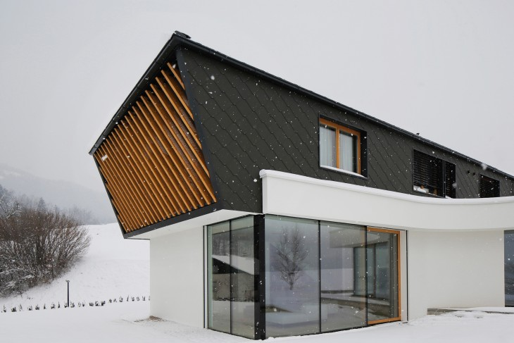 House PS (4)