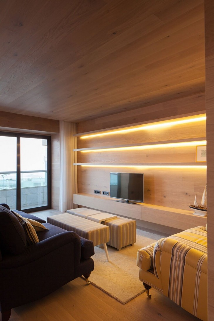 Seafront Apartment (9)