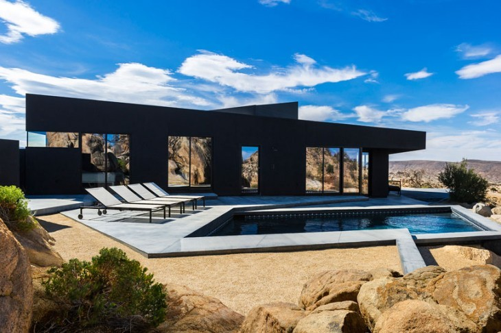 The-Black-Desert-House-by-Marc-Atlan-Oller-Pejic-730x486
