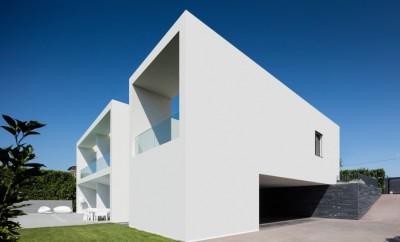 Vila do Conde House by Raulino Silva Arquitecto
