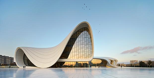 01.-Heydar-Aliyev-Center,-Baku_photo-by-Hufton+Crow