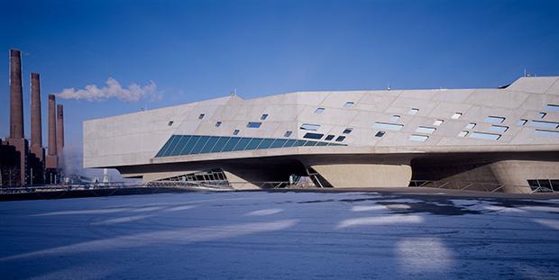 01.-Phaeno-Science-Centre_photo-Werner-Huthmacher
