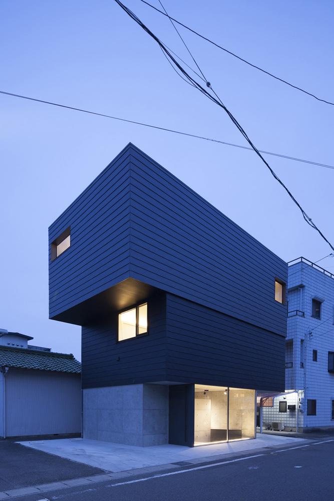 Gaze House (1)