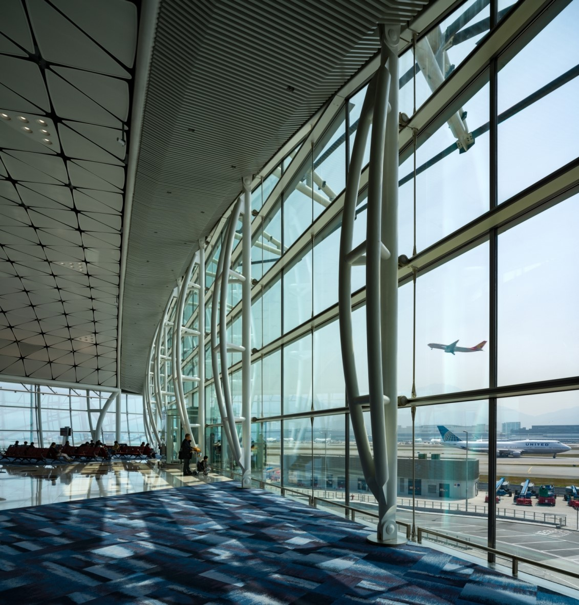 Hong Kong International Airport Midfield Concourse By