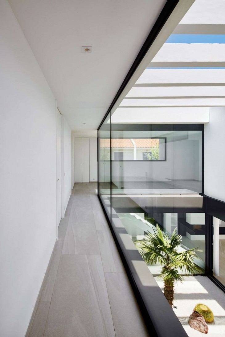 Seafront Residence (10)