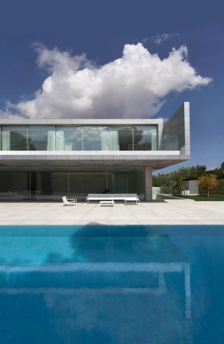 Aluminum House (2)