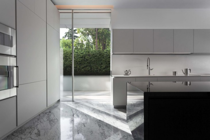 Aluminum House (6)