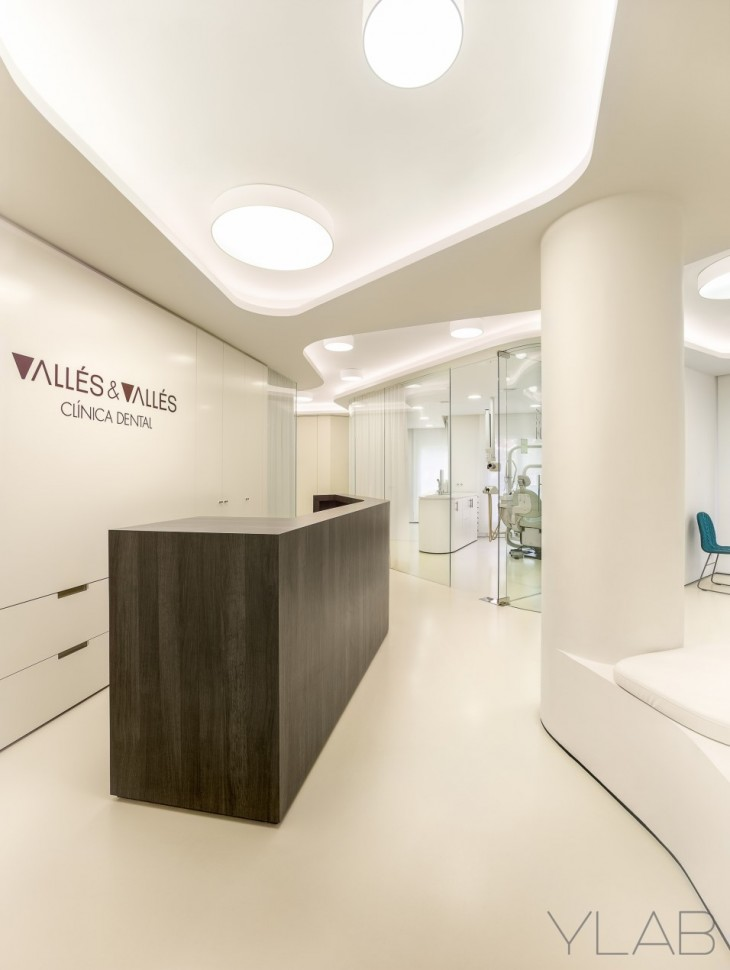 Dental Office Valles & Valles (14)