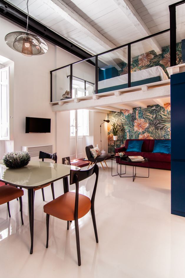 Cobalt Apartment by Mauro and Matteo (12)