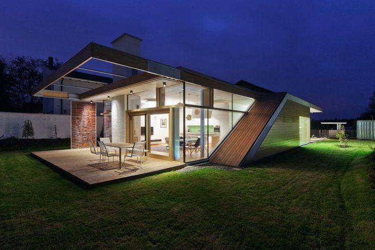 Debrecen Residence by Sporaarchitects Design