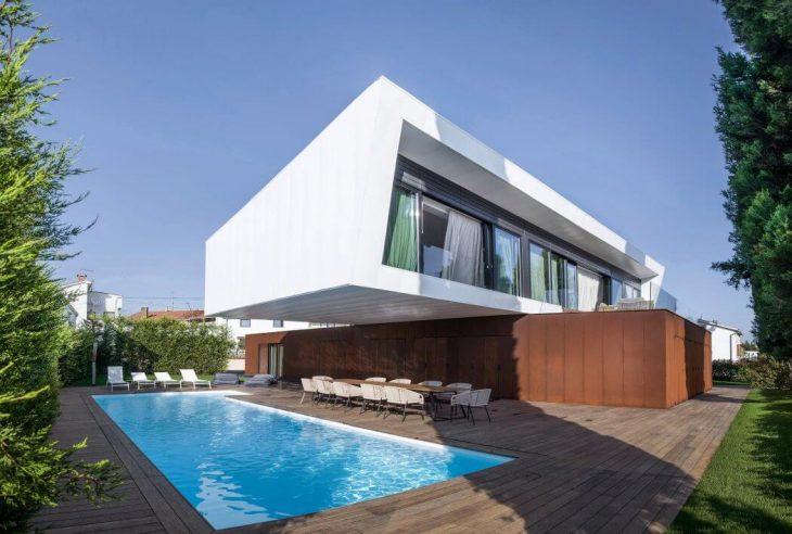 Villa Materada by Proarh