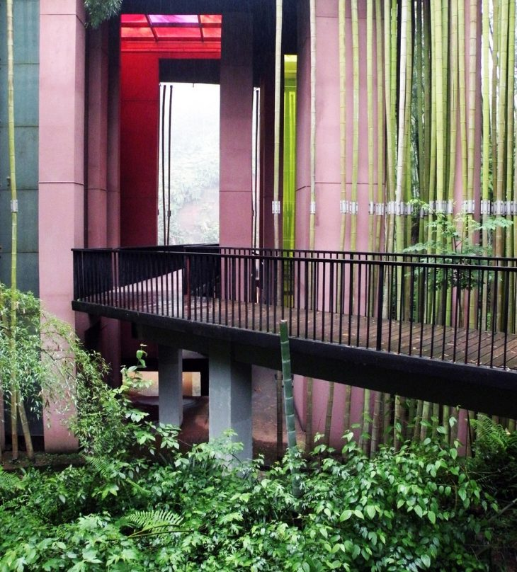 Bamboo Gateway By West-line Studio Architects