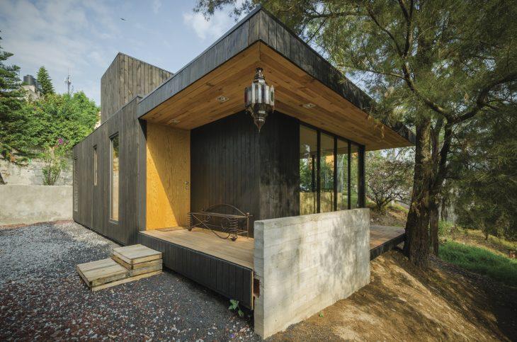 the-black-cabin-3