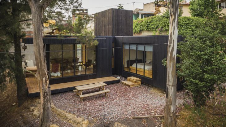 the-black-cabin-8