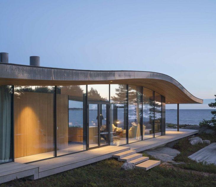 Seafront Retreat (3)