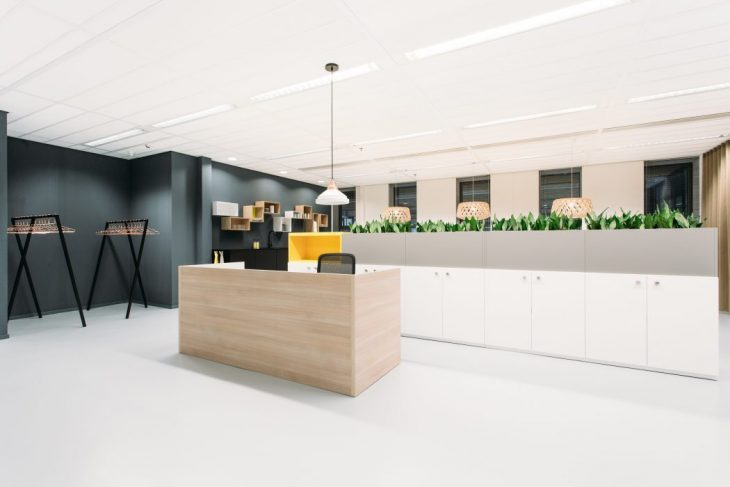 Contemporary-Office-Space-8-730x487