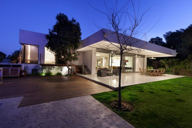 House in savyon by dror barda architects