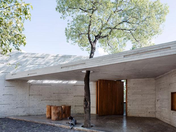 Tour The Casa Ventura By Tatiana Bilbao