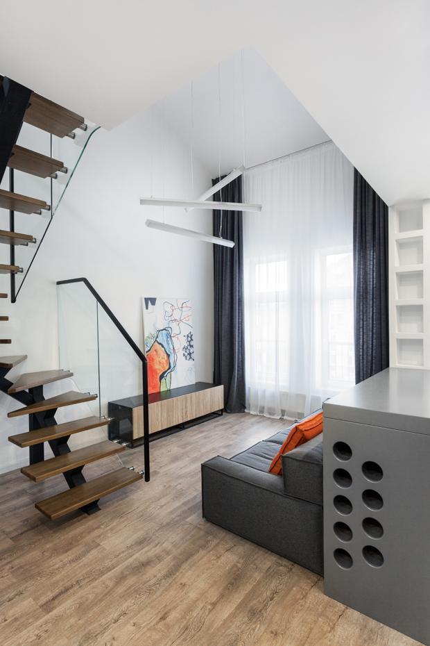 Two level apartments near kiev by martin architects - Loft industriel martin architectes kiev ...
