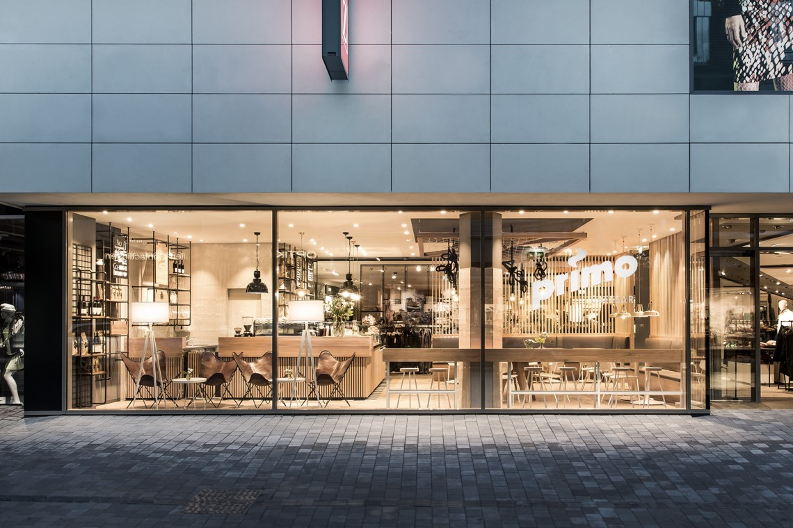 Primo Cafe Bar By Dia Dittel Architekten Archiscene