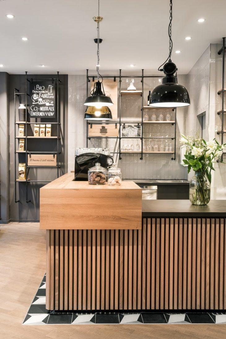 Modern Kitchen Interior Design: Primo Cafe Bar By DIA