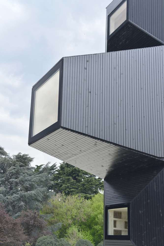 Living Unit By Ofis Arhitekti Archiscene Your Daily