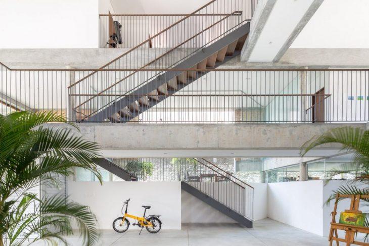 KS House by Arquitetos Associados