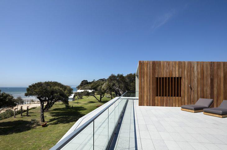 Sorrento beach house by am architecture archiscene for Beach house designs victoria australia