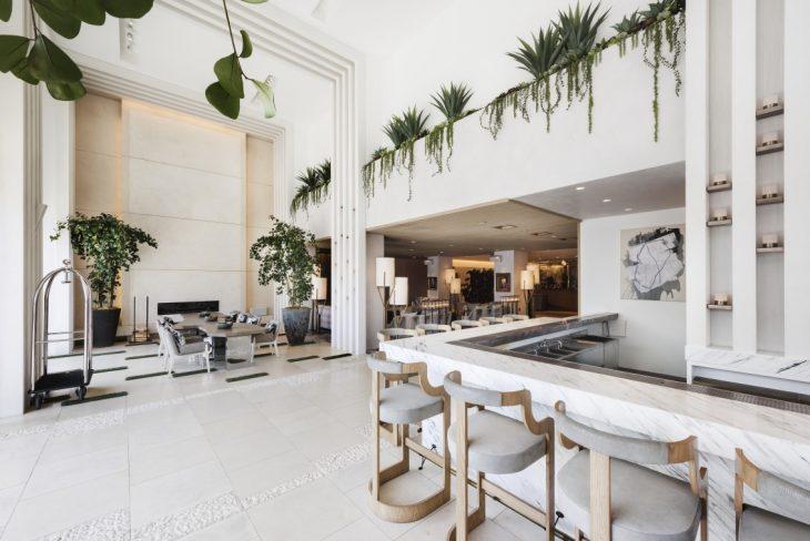 dream hollywood hotel by david rockwell archiscene. Black Bedroom Furniture Sets. Home Design Ideas