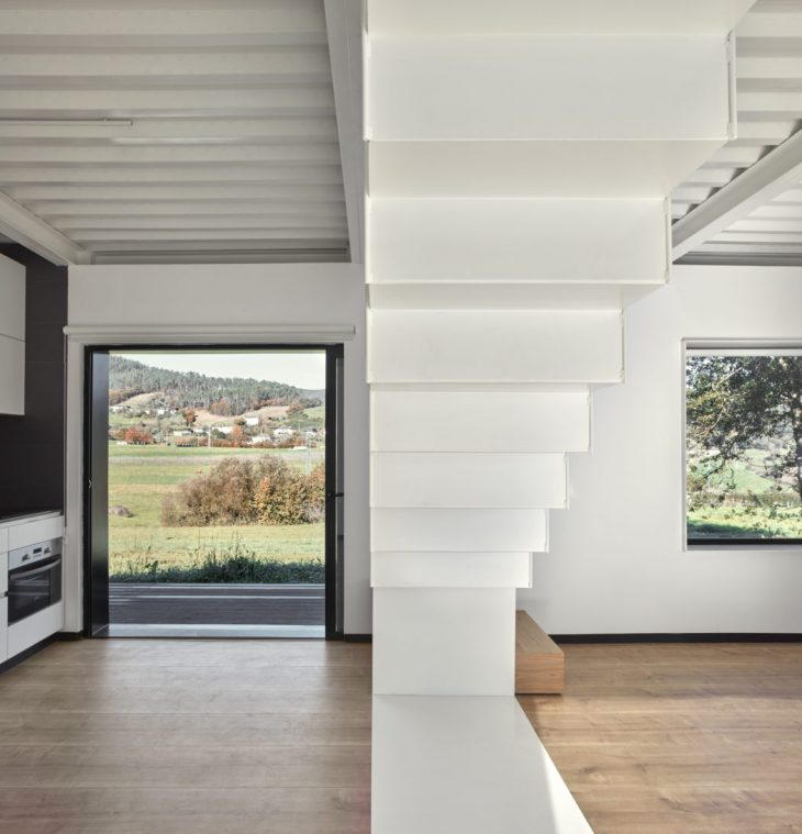 Casa Montaña by [baragaño] - Archiscene - Your Daily Architecture on
