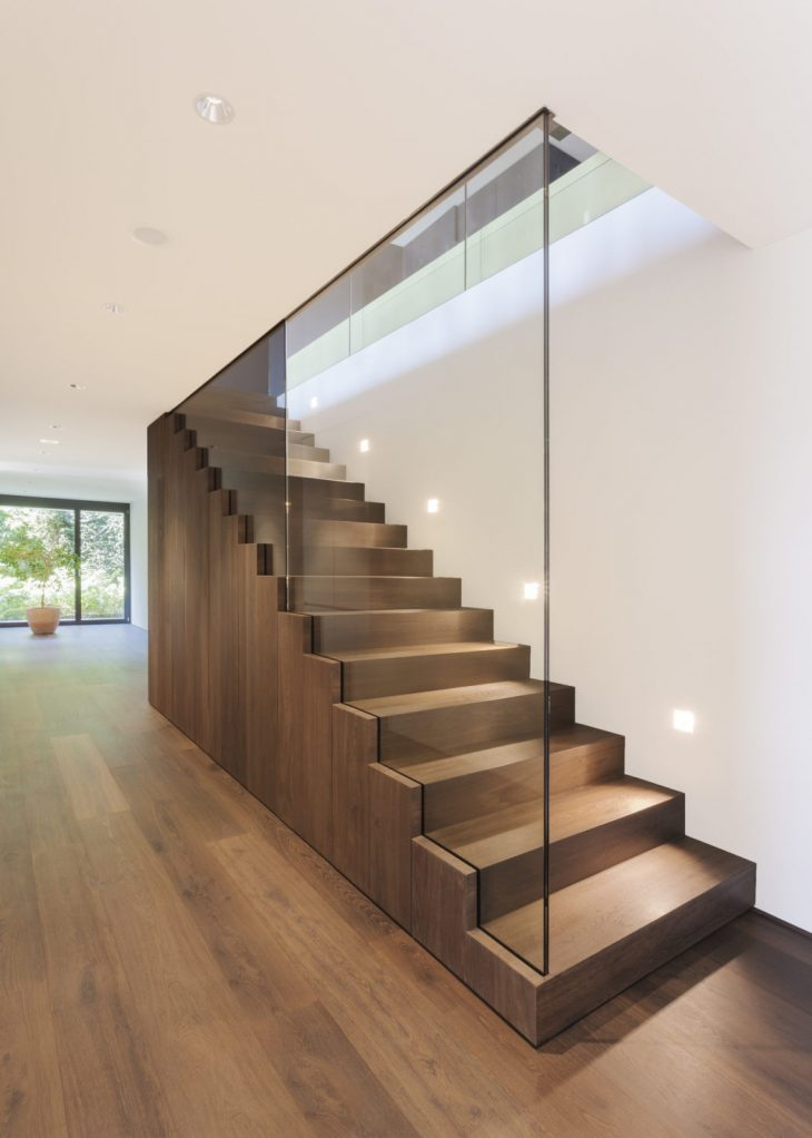 House in zurich by meier architekten archiscene your for Modern house zurich