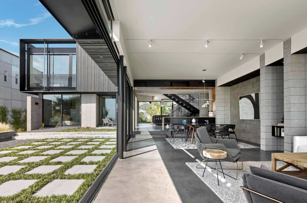 Upper Rockridge Residence by AAA Architecture - Archiscene