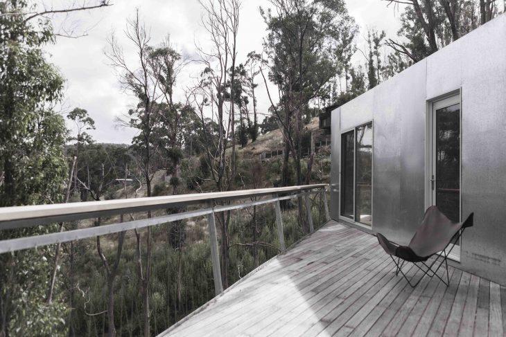 Amazing Container House By Studio Edwards Archiscene