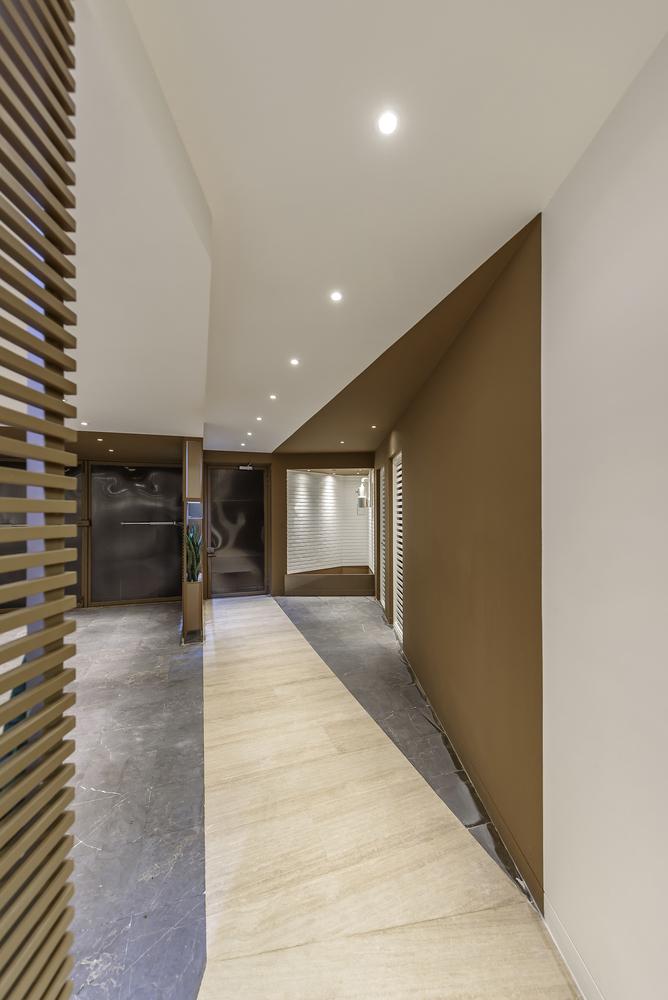 Km House Designed By Estudio Pablo Gagliardo: Qorveh House By ReNa Design