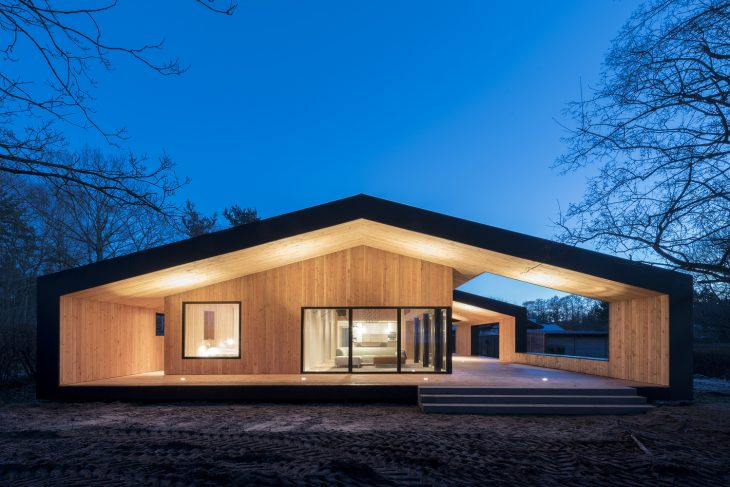 Summer house by cebra
