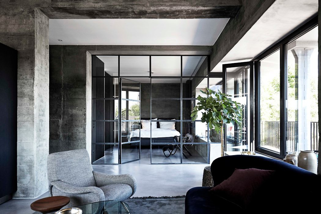 Bunker apartment in hamburg by thomas schacht for Interior designer hamburg