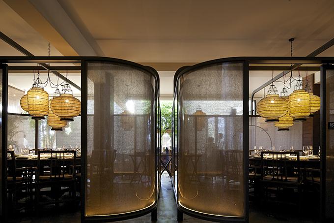 Sheng Yong Xing Roast Duck Restaurant by TanzoSpace Design Office