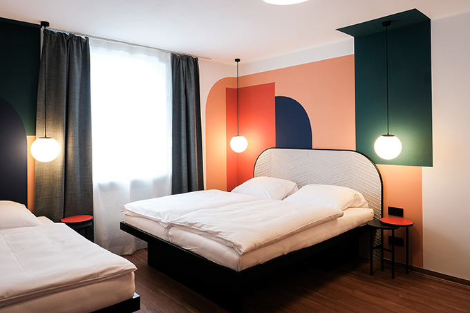THE DOT – Hotel & Guesthouse in Munich by LOVA - Mery Reif