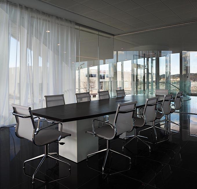Kortimed Headquarters in Spain by Pierattelli Architetture