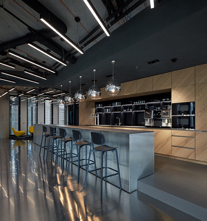 EOH IT Hub in Prague by Studio Perspektiv
