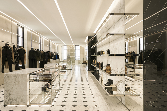 Saint Laurent opens Saint Laurent Rive Droite
