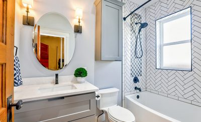 An Easy Step-by-step Guide to Painting a Bathroom