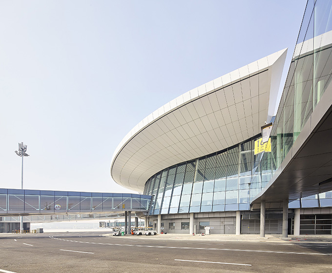 Beijing Daxing International Airport by Zaha Hadid Architects inaugurated (31)