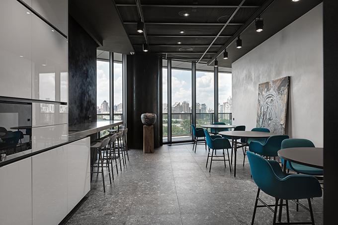 IQ-19 by Sergey Makhno Architects (63)